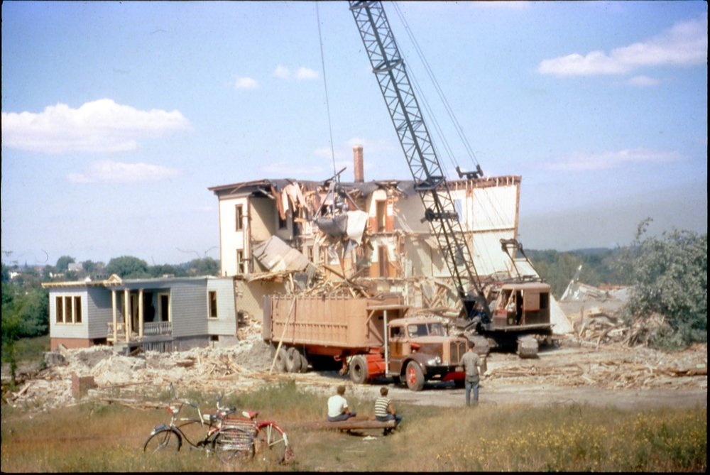 Demolition Little Canda crane.jpg
