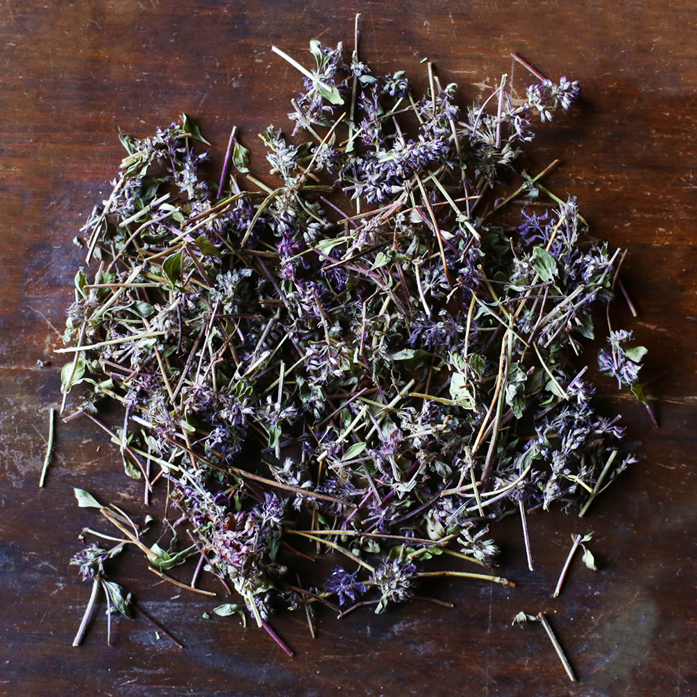 Oregano a warm, savory aroma with sweet peppery notes
