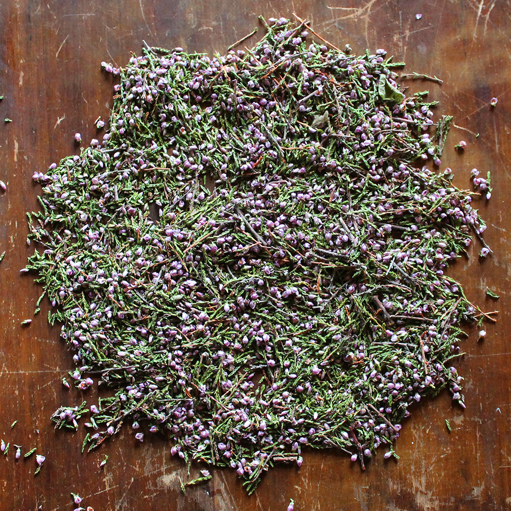 Heather   a beautiful fresh scent, both floral and earthy