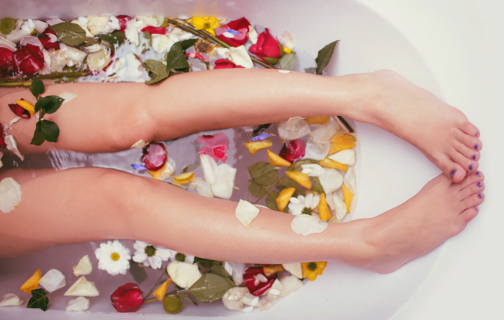 Lauku Tea Blog // Treat Yourself on Valentines Day with an Herbal Flower Bath