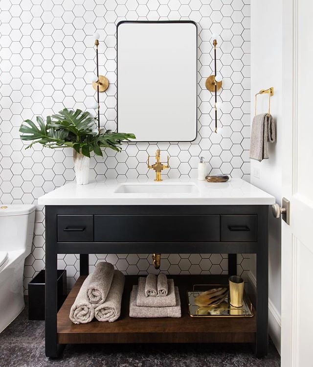 The Glamorous Life. Check this fancy bathroom I styled for @adamhunter. A bit of Hollywood glam in Santa Monica... #princeprotege #cjisrad #adamhunter #brassy