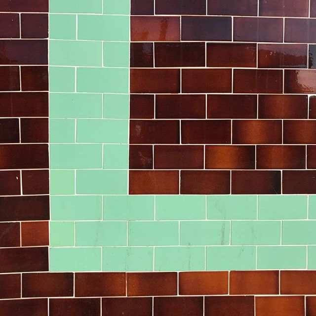 A forever-favorite color combo! This probably stems from a love for visiting National Parks. #nerdalert #boyscout #nps #browntiles #greentiles #hollywood #L