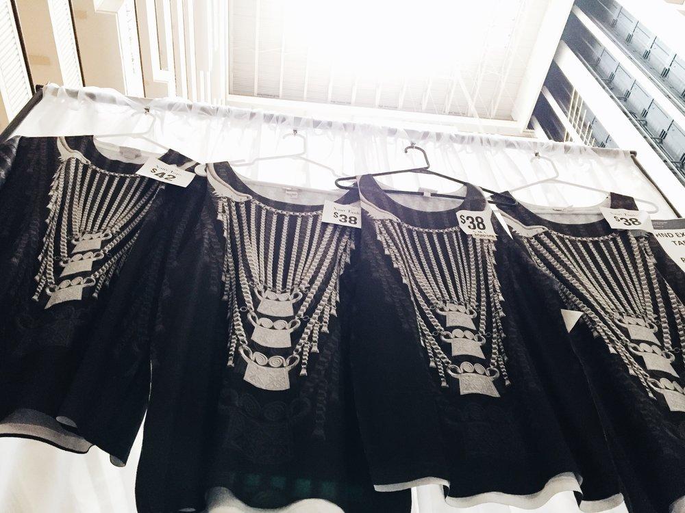 Pachiaaa merchandise: Hmong Xauv Tops