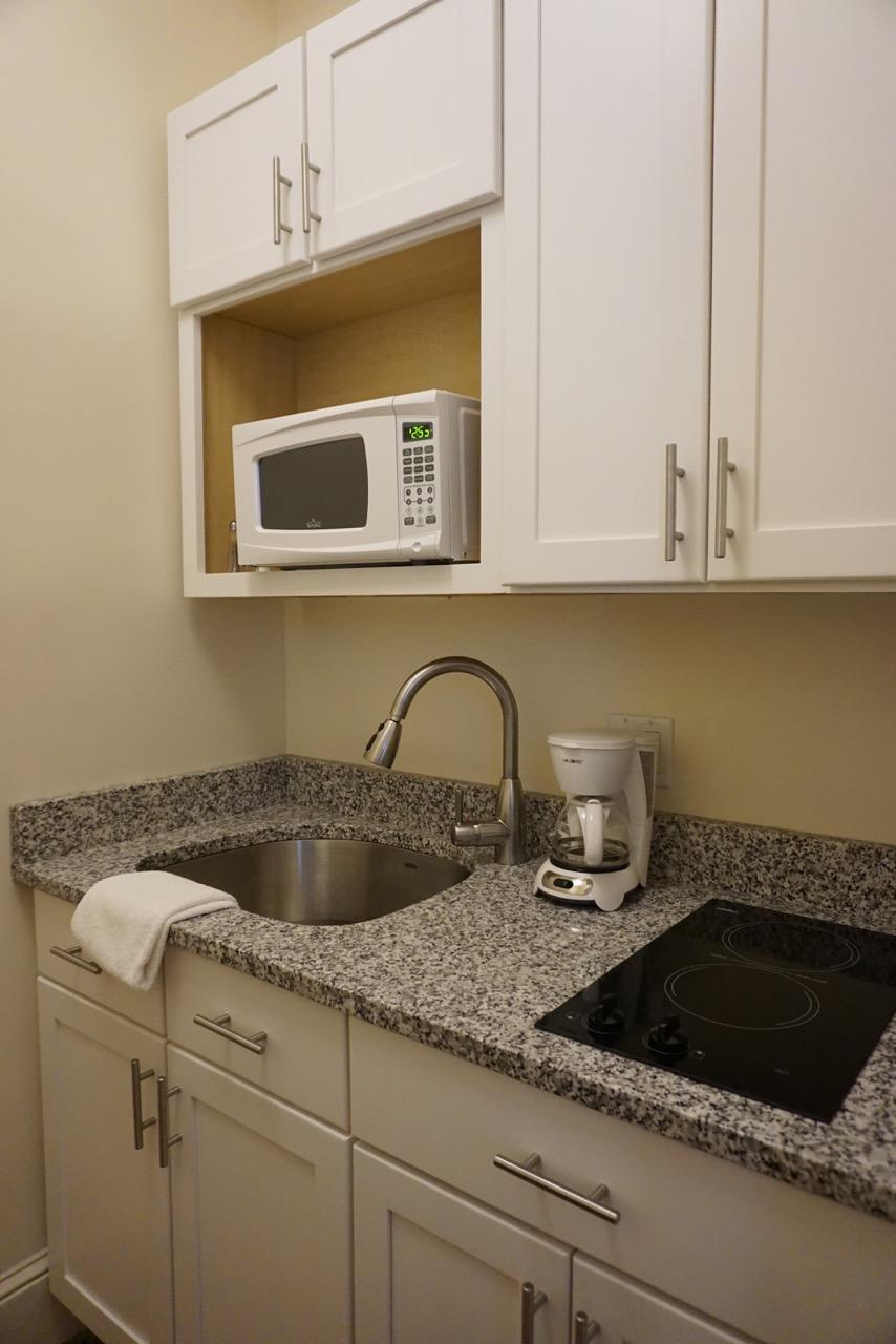 Room 16 Kitchen Salem Inn.jpeg
