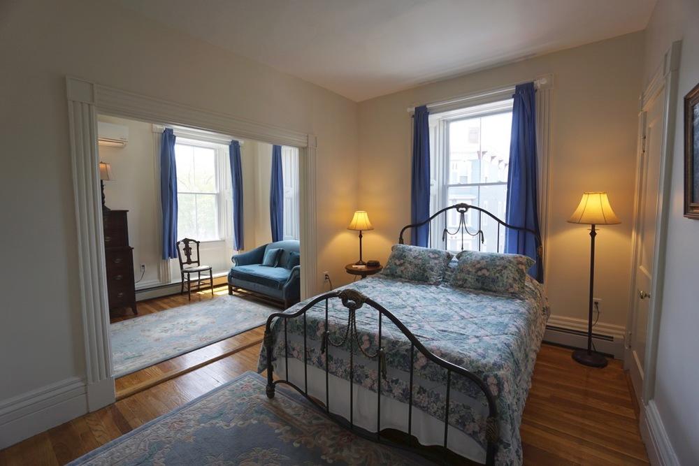 Room 14 #1 Salem Inn.jpeg
