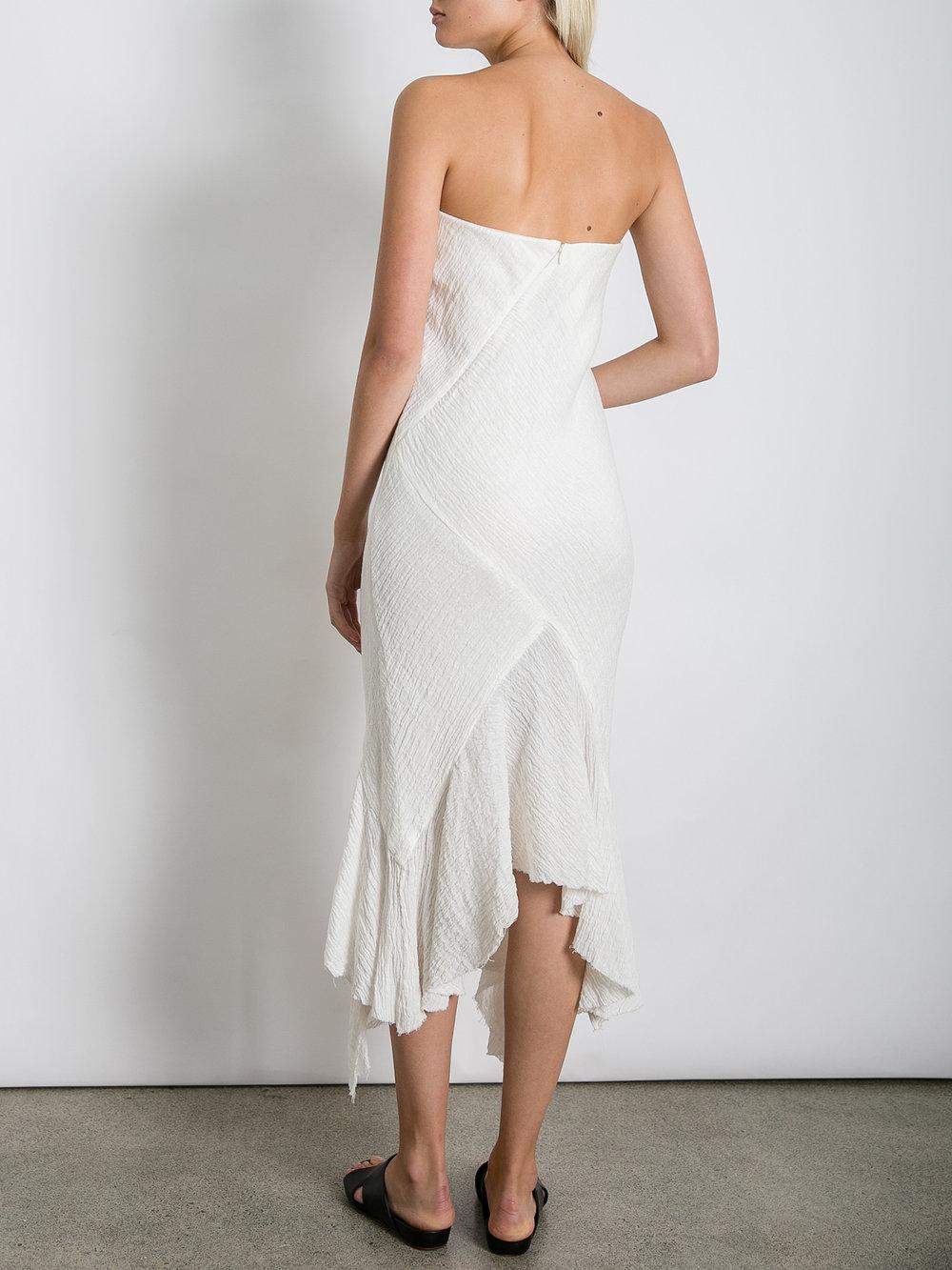 THE_UNDONE_KITX_Crush_Linen_Strapless_Dress_White_FB.jpg