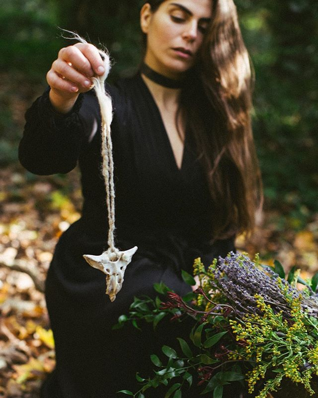 Wake the Witch - A storytelling collaboration X @thegoddessspace X @hanawolf.photography . Smudging the space,  Clearing the energy,  Releasing the negative. Listening to the voice inside,  Pendulum's swing as her guide. The veil in thinning. The physical world is fading. It is time for ceremony... . (I've been manifesting this shoot for an entire year, reading about her-story and the power of the witch waiting to be woken in us. Visions have been cooking in my own cauldron & burning to be born. Then just a few days ago it effortlessly unfolded. Spirit has guided us together to create magick✨) . #wakethewitches #castspells #thintheveil #makemagic #allhallowseve #dayofthedead #halloween  #witches #witch #pagan #wicca #witchcraft #spellwork #powerofthewitch #awakethewitch #awakethewitches #goddessrising #sacredfeminine #divinefeminine #sacredfeminineenergy #magicisreal #believeinmagic #witchesofinstagram #witchstagram #wewomen  #summonspirits #creativeportraiture #spiritguides #fineartphotography