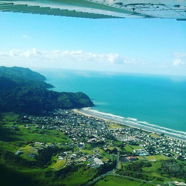 Waihi Beach at 1500ft from ZK-KOL on her 2.5 hr cross country.  Pilot : Srujan Raj Dhandu Navigator : Abhinav Dutta