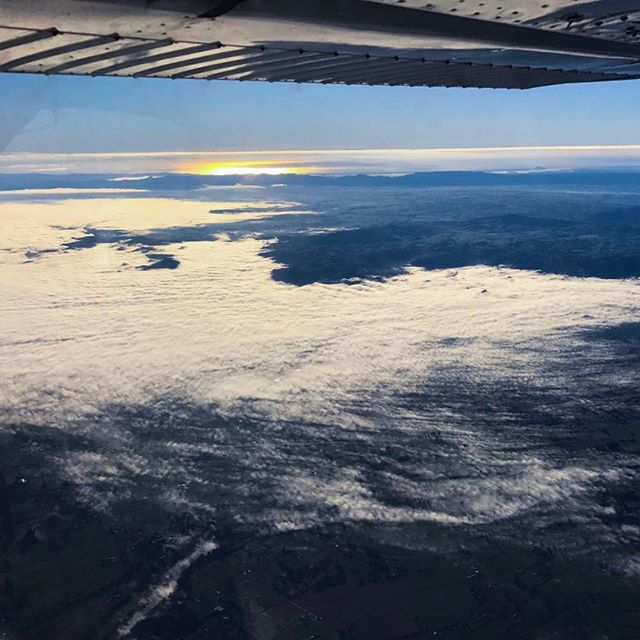 As Pilots we are fortunate to experience incredible views of our world everyday. This photo of the sunrise comes from our instructors as they climbed up over fog on an early morning flight south. Make your dreams of flying a reality with us!  http://www.newzealandaviation.com  #newzealandaviation #flying #plane #aviation #cessna #c172  #future_aviators #pilots #pilotlife #avgeek #morning #sunrise #fog