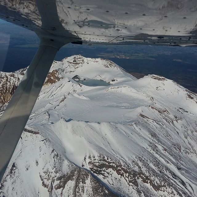 A lovely view of Crater Lake atop Mt.Ruapehu taken by one of our CCAT apprentices during his hour building @davidd406 . With another apprentiship course starting soon be sure to apply now! Contact us:  newzealandaviation.com/contact-us