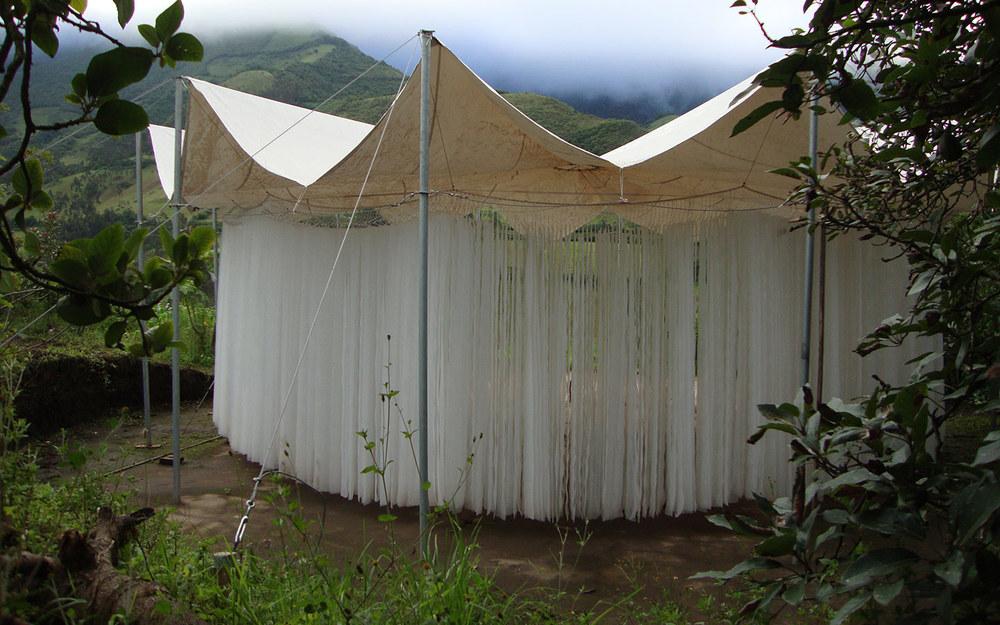 ESPACIO DE EXPERIMENTACIÓN TEATRAL - Itinerante_Itinerant, Ecuador2010