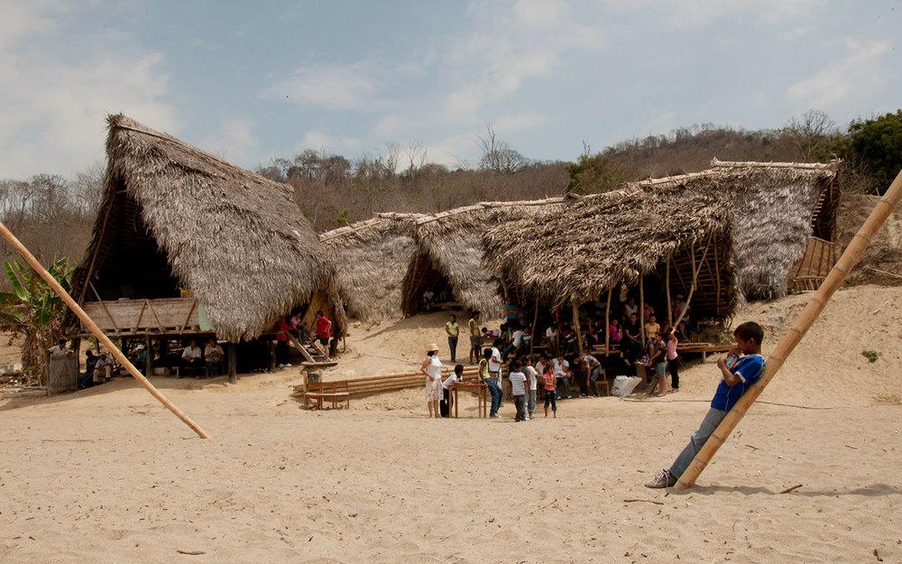 ESPERANZA_DOS - Puerto Cabuyal, Ecuador2011