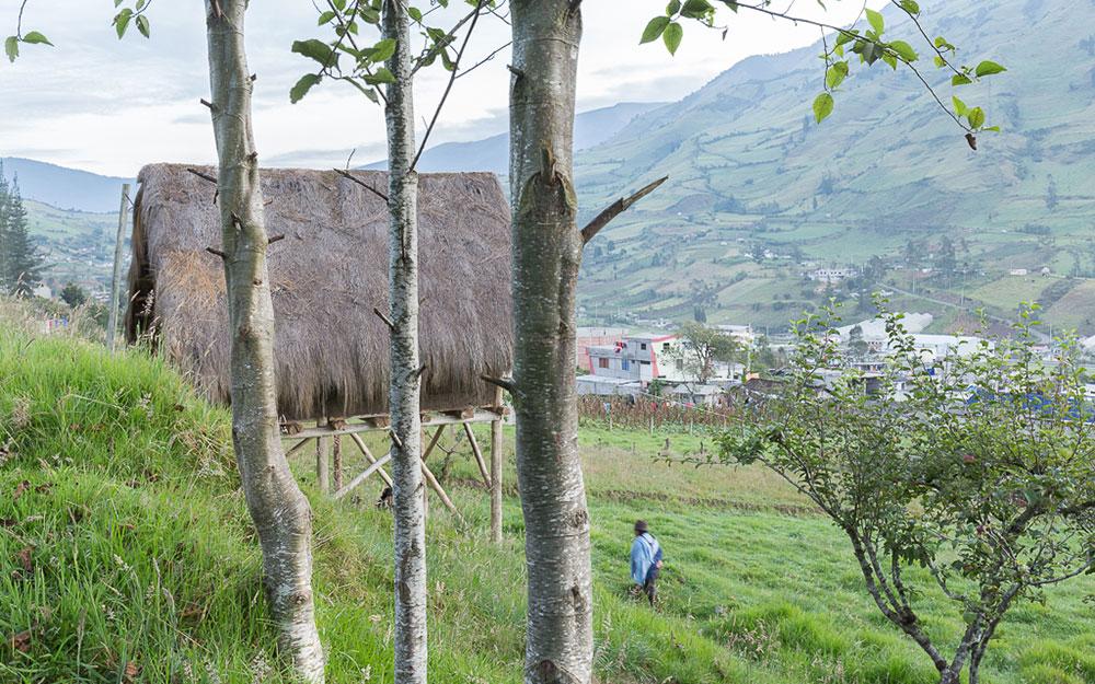 TALLER AL BORDE UTI 001 - Ambato, Ecuador2015-2016