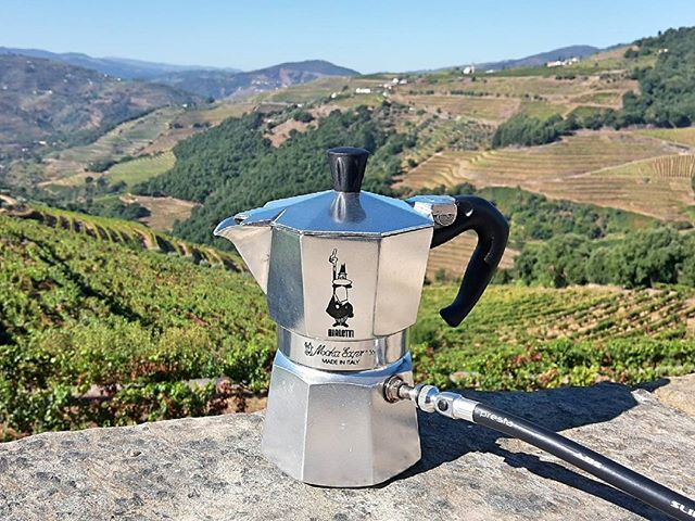 Can't beat this view for morning coffee!  I woke up to this in the Douro Valley, Portugal today.  Great beans from @rightsidecoffee, but missing #melbourne_coffee for its variety of quality espresso beans.  Bike pump espresso - link in bio.  #coffee #caffeine #espresso #morning #crema #bialetti #stovetop #mokapot #bike #pump #cycling #innovation #coffeebreak #douro #portugal #wanderlust