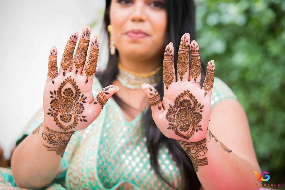 Priyanka-Mehendi-LowRes-88.jpg