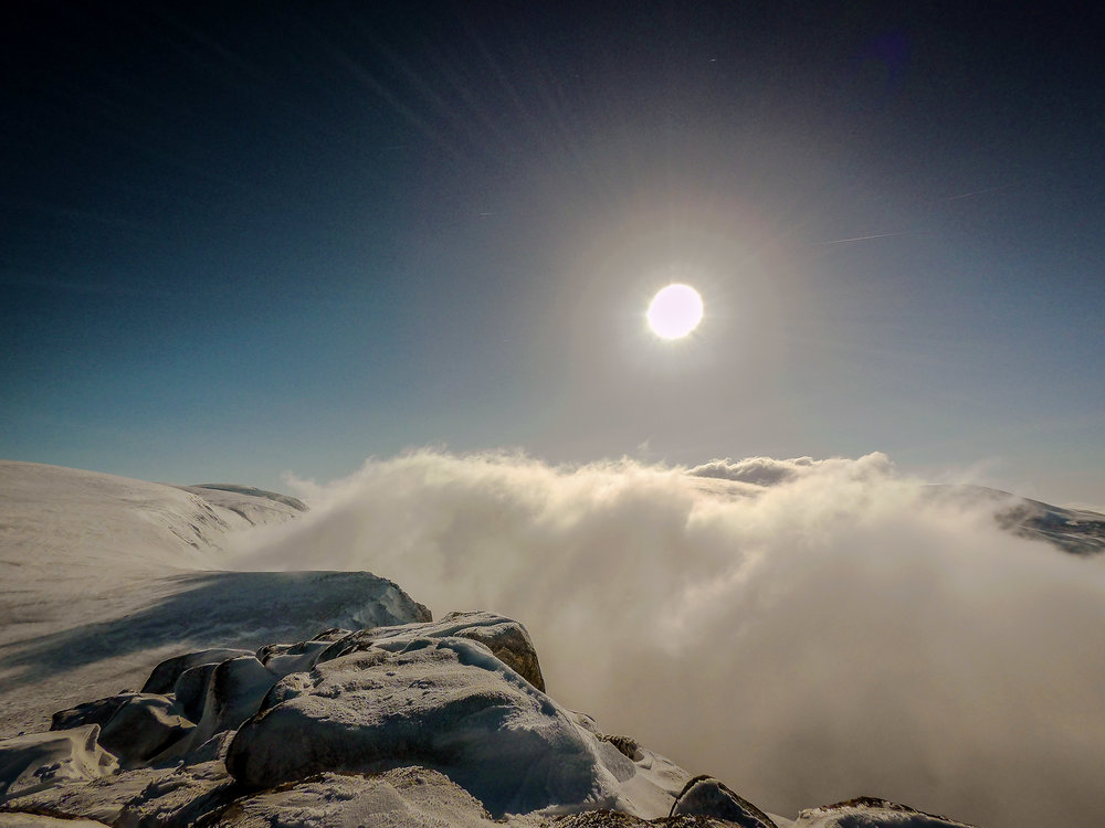 Looking down on the cloud racing through the Lairig Ghru