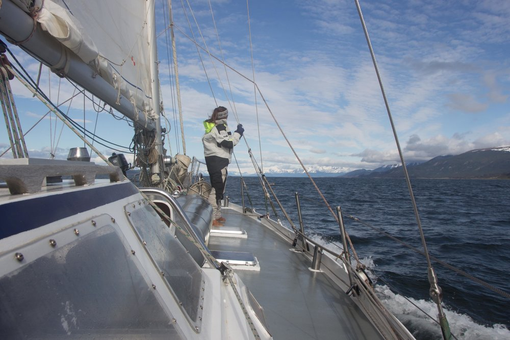 Sailing in the beautiful Patagonian wilderness