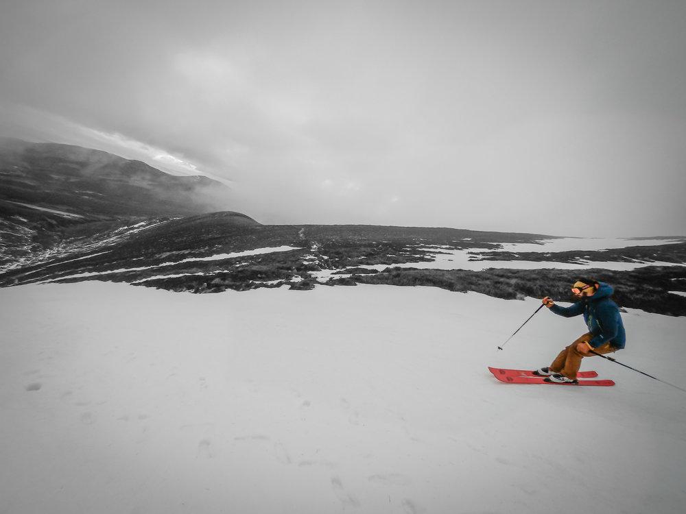 Ski_touring-3.jpg