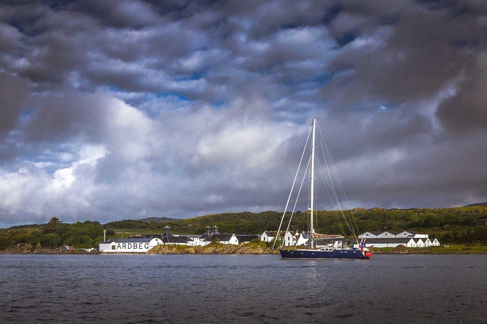 Sailing to Ardbeg