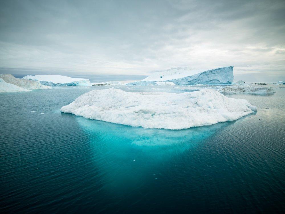 Arctic sailing expedition