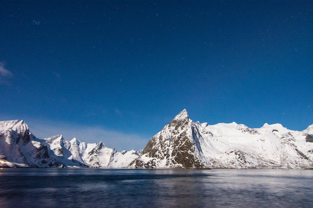 Adventure-sailing-expedition-5.jpg