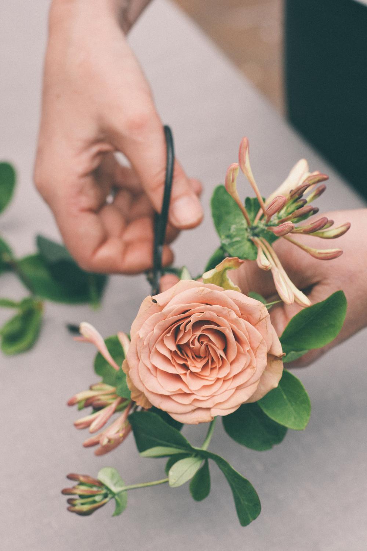 Florist at work - Pollen Floral Joy