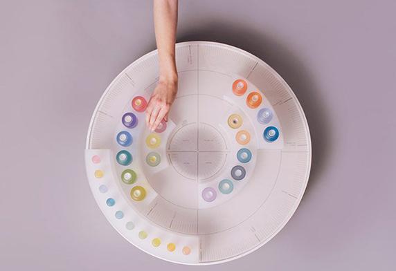 FF-Scent-Palette-Kyugum-Hwang-RCA-Dezeen-Photo-4.jpg