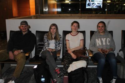 Her er de vi reiser sammen med fra Gardermoen! Fra venstre er det Felix, Anna, Esther-Emilie og Marthe.