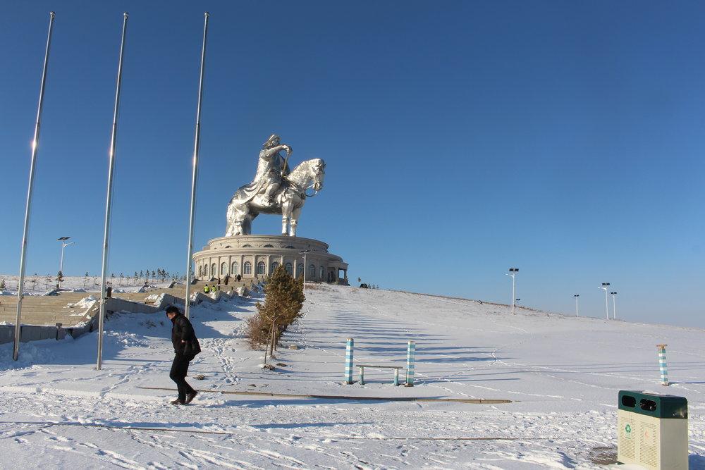 Utenfor Ulan Bator: En femti meter høy, fryktinngytende utgave av nasjonalhelten Djengis Khan.