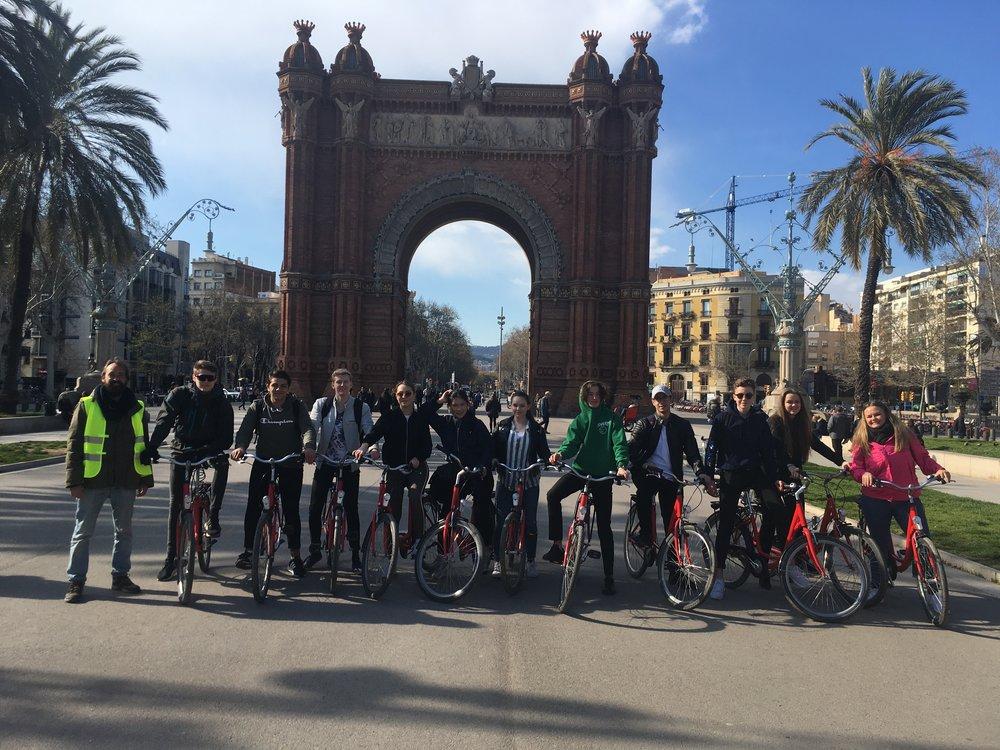 Barcelonaturen bød blant annet påguidet sykkeltur i storbygatene.