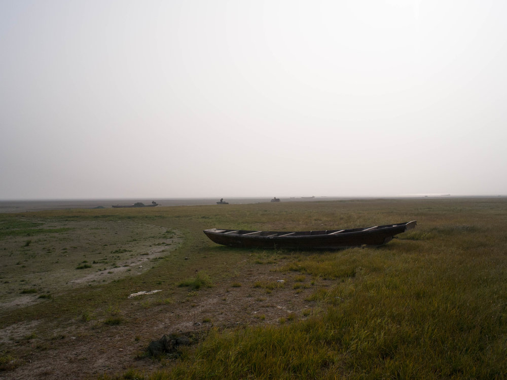 Stranded boats at Shahu