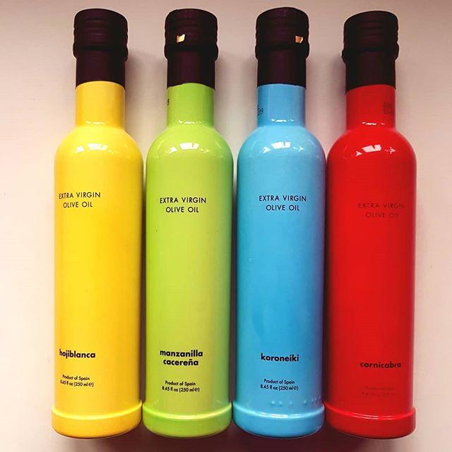 Aceite de Oliva Virgen Extra. Producto de España. Nada más rico.  #AVOE #olive #oliveoil #spain #colour