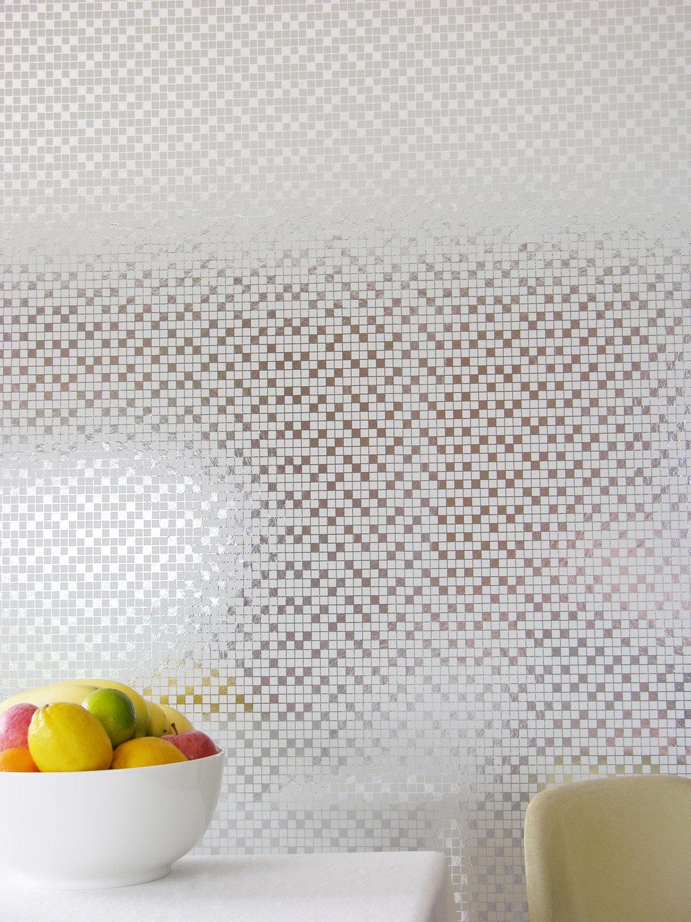 Tiles001_whitesilver.jpg
