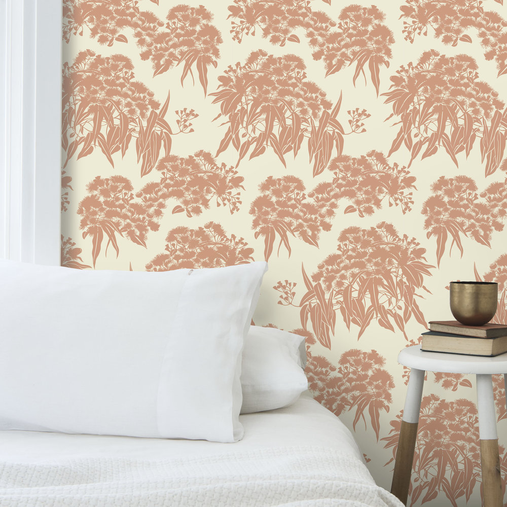 WALLPAPER FICI CLAY W WHT PILLOW MIDSHOT .jpg