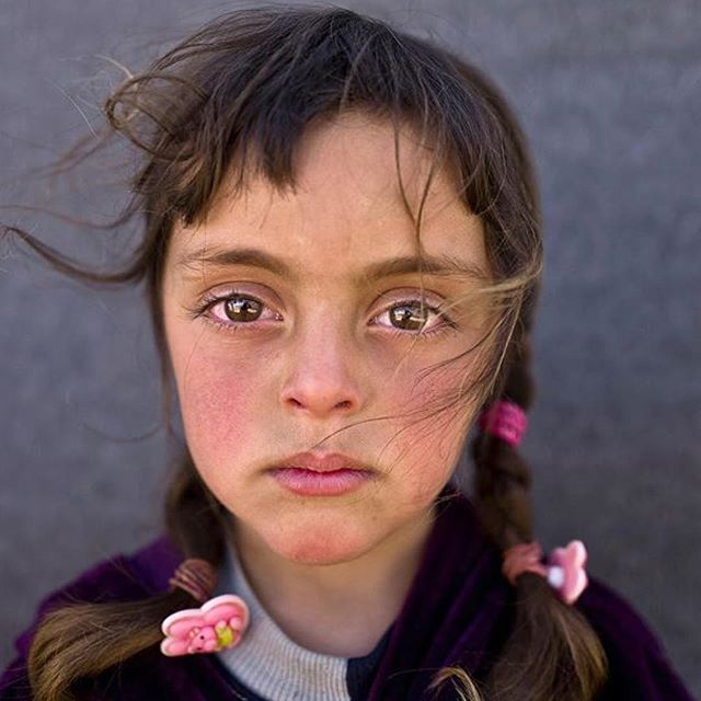 """The eyes could never lie, they are the door to the soul."" - @mmuheisen 👆🏼Zahra Mahmoud, age 5, Syrian refugee living in Jordan. This image was awarded Photo of the Year (2017) by @unicef in Berlin."