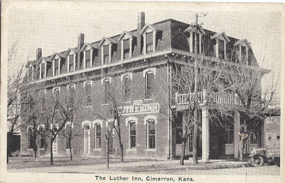 017 Cimarron Hotel as LutherInn.png