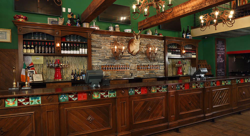 MadisonPourHouse_bar_Low Res.jpg
