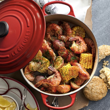 Le Creuset Dutch Oven_ 7 1/4 quart
