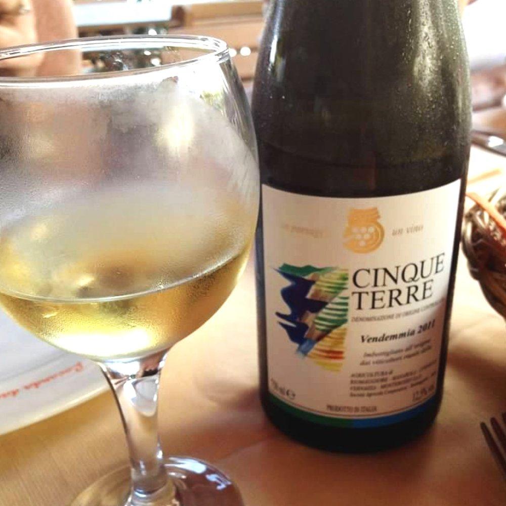 cinque+terre+wine.jpg