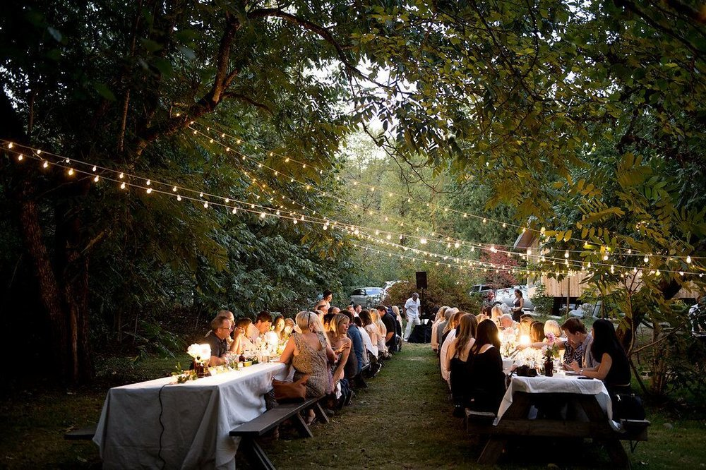 Dinner al Fresco. Photo: Rebecca Bundschuh