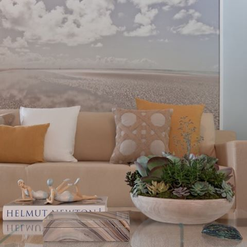 Layer after layer the tranquil feeling of a beach was created by @fernandamoreiralimaarquitetura in this project. For more pictures of this series visit my website in my bio.  #coastalstyle #nauticaldecor #nauticalstyle #interior4you #interiordesign #interior4all #homedecor #homedeco #homestyling #westelm #designwithinreach #details #inspiration #interiorinspiration #interiorstyling #simplystyleyourspace #designaddict #designguide #myhousebeautiful #inspire_me_home