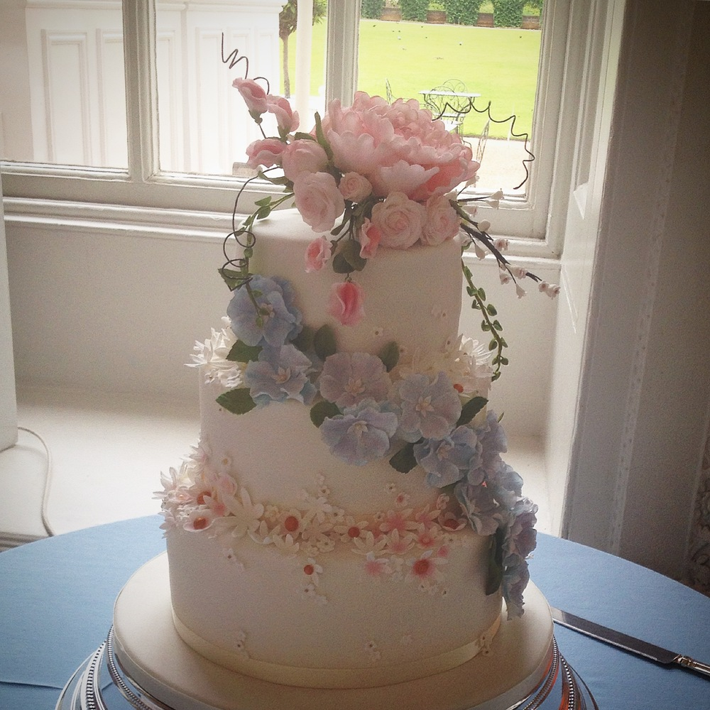 Wedding cake - sugar flowers