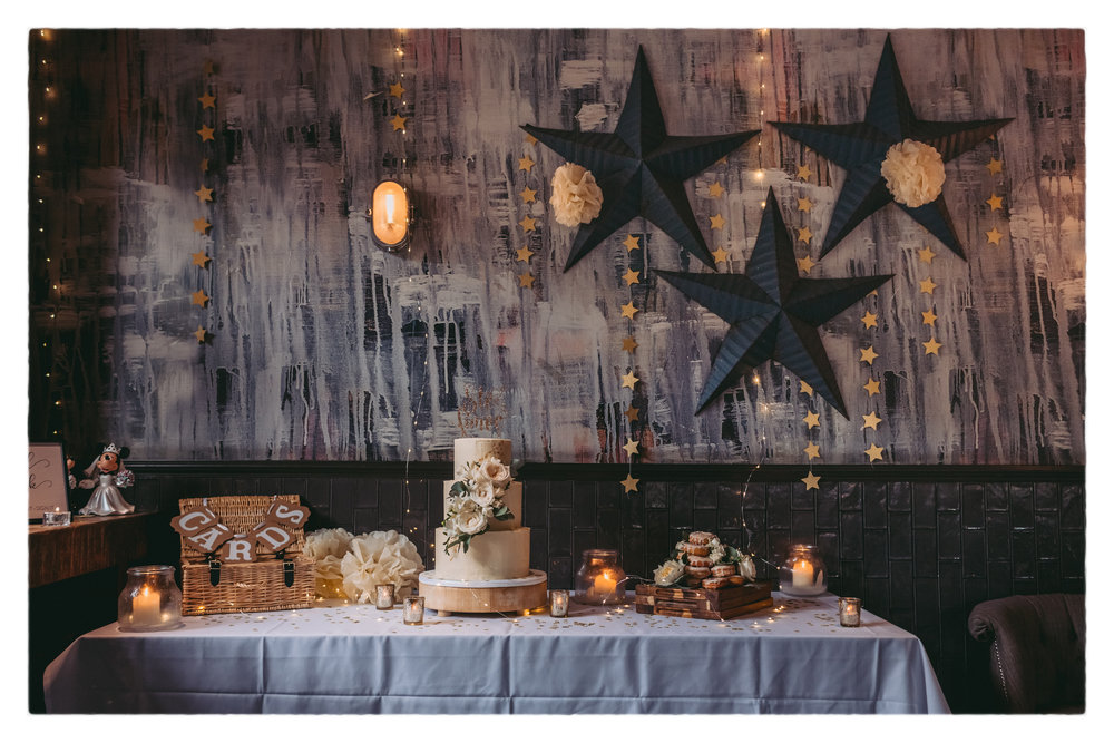 Ste-Aimee-WeddingCakeTable- AlexanderNewtonPhotography