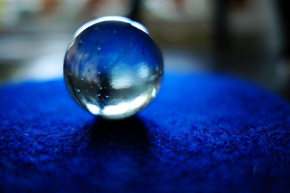 glass-2474568_960_720.jpg