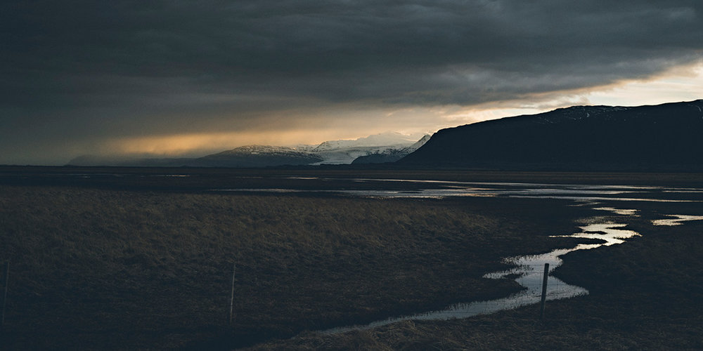 Iceland-Book-21x21-final-27101732.jpg