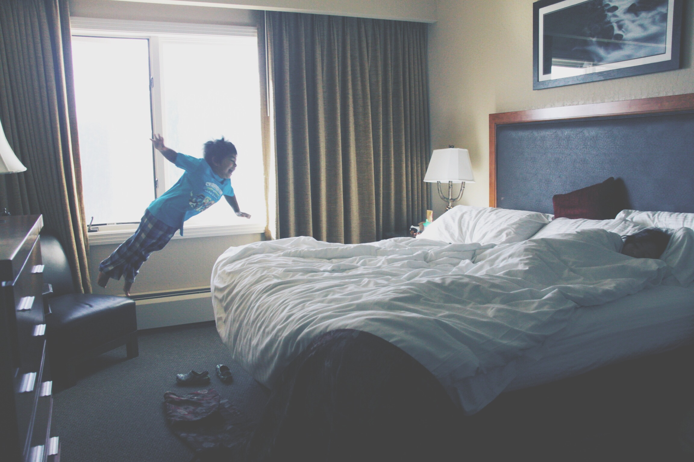 Jumping on the Bed and Over the Lava-Floor!