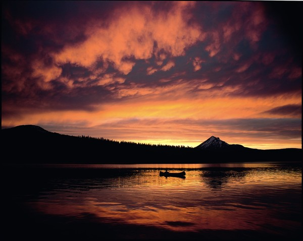 600x600_1438633334726-canoe-sunset.jpg