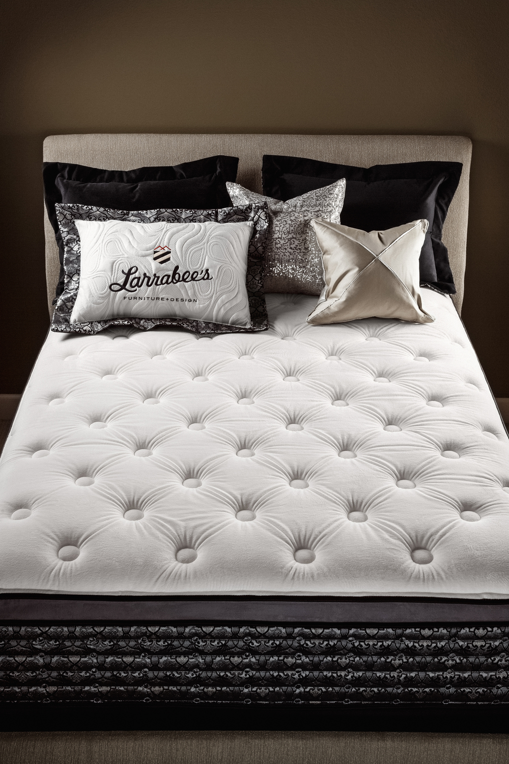 Larrabees_Select_Mattress