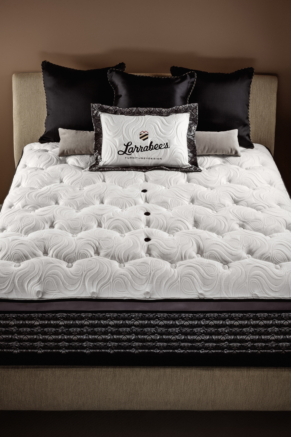 Larrabees_Select_Mattress-(1).jpg