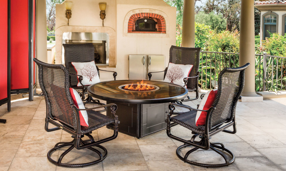 outdoor-furniture_furniture-collections_grand-terrace_30-x.jpg